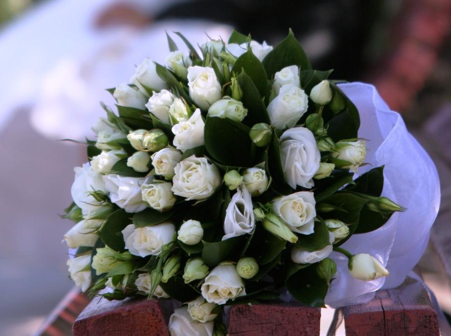 Букет цветов в подарок на свадьбу 39